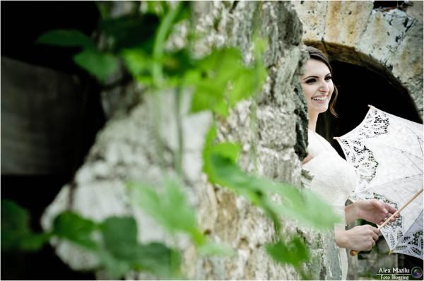 Bride & smile